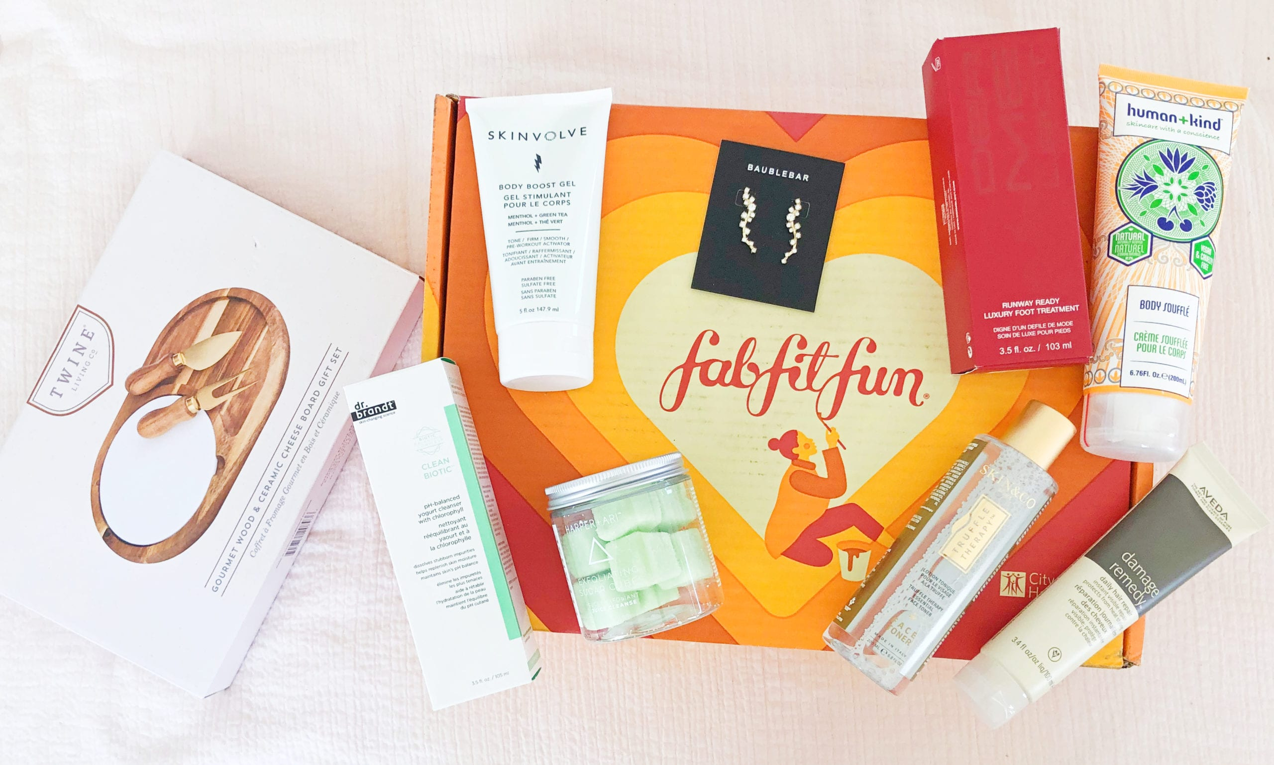 FabFitFun Reviews – ClothedUp 2019