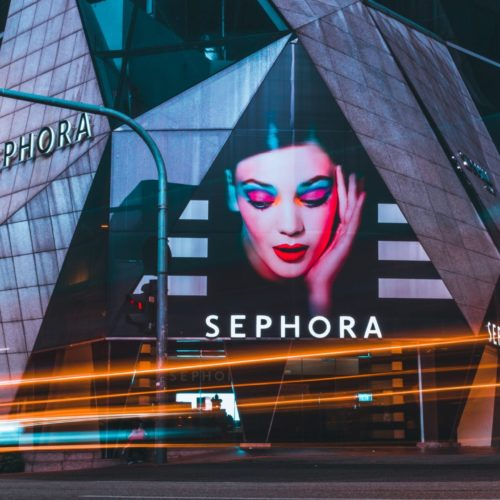 Sephora Return Policy 101 (Tips + More)