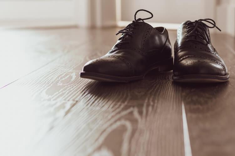 6 Best Glues for Shoes (Plus How to Fix Shoe Soles)