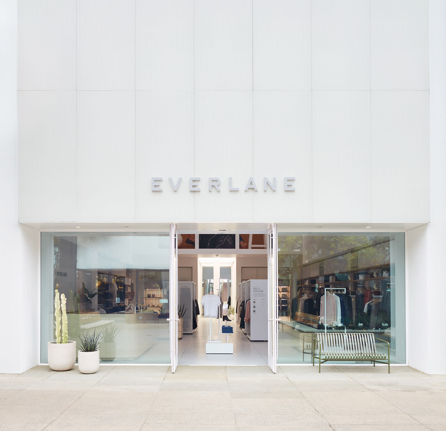 My Everlane Jeans Review: Is Their Denim Worth It?