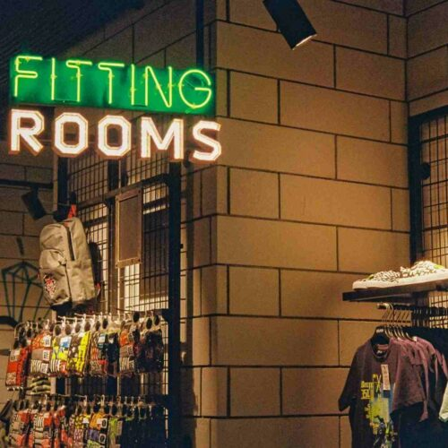 11 Stores Like Hot Topic for Alternative Fashion