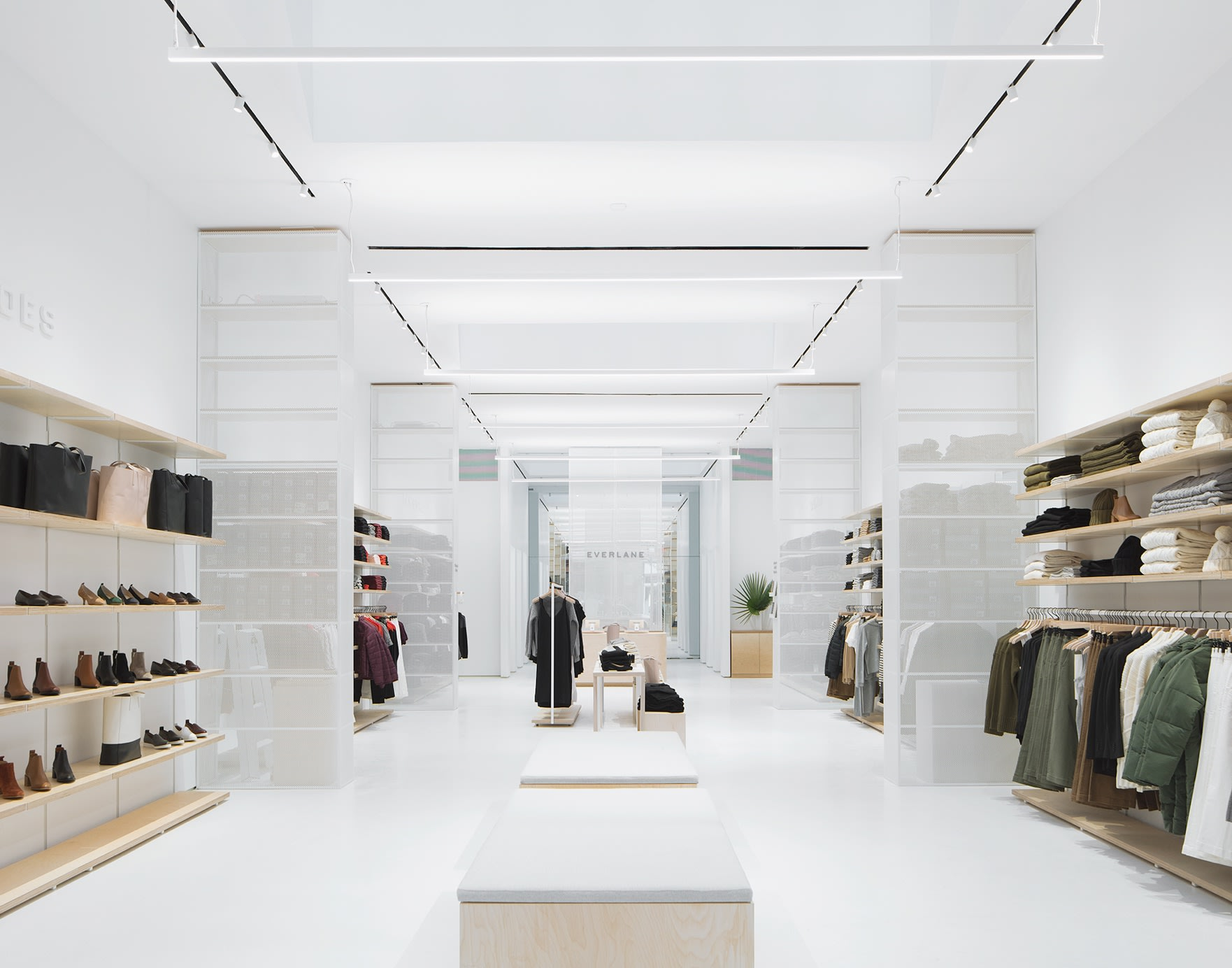 20 Stores like Everlane for Quality, Sustainable Clothes