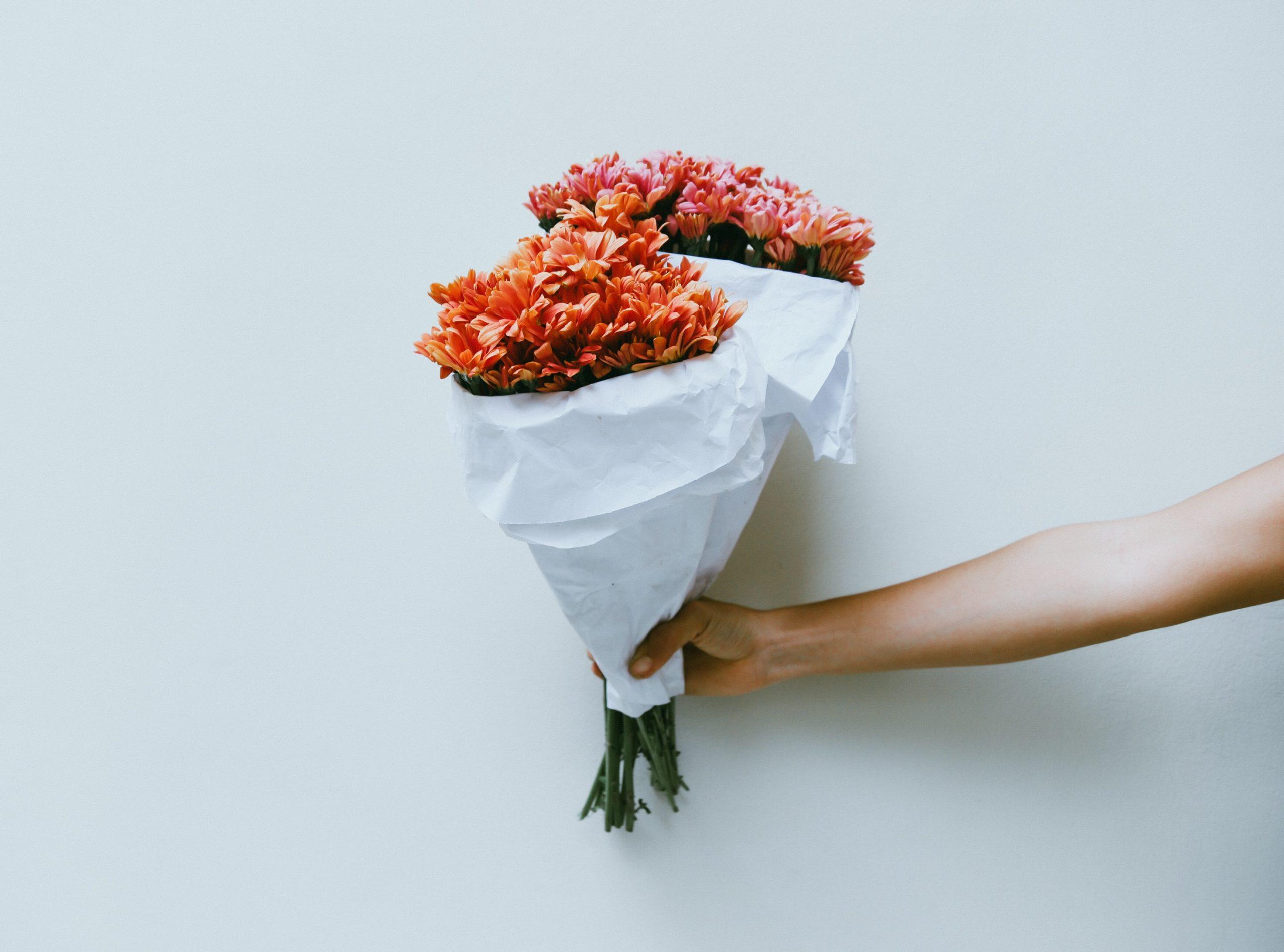 10 Best Flower Delivery Websites for a Valentine's Day Surprise