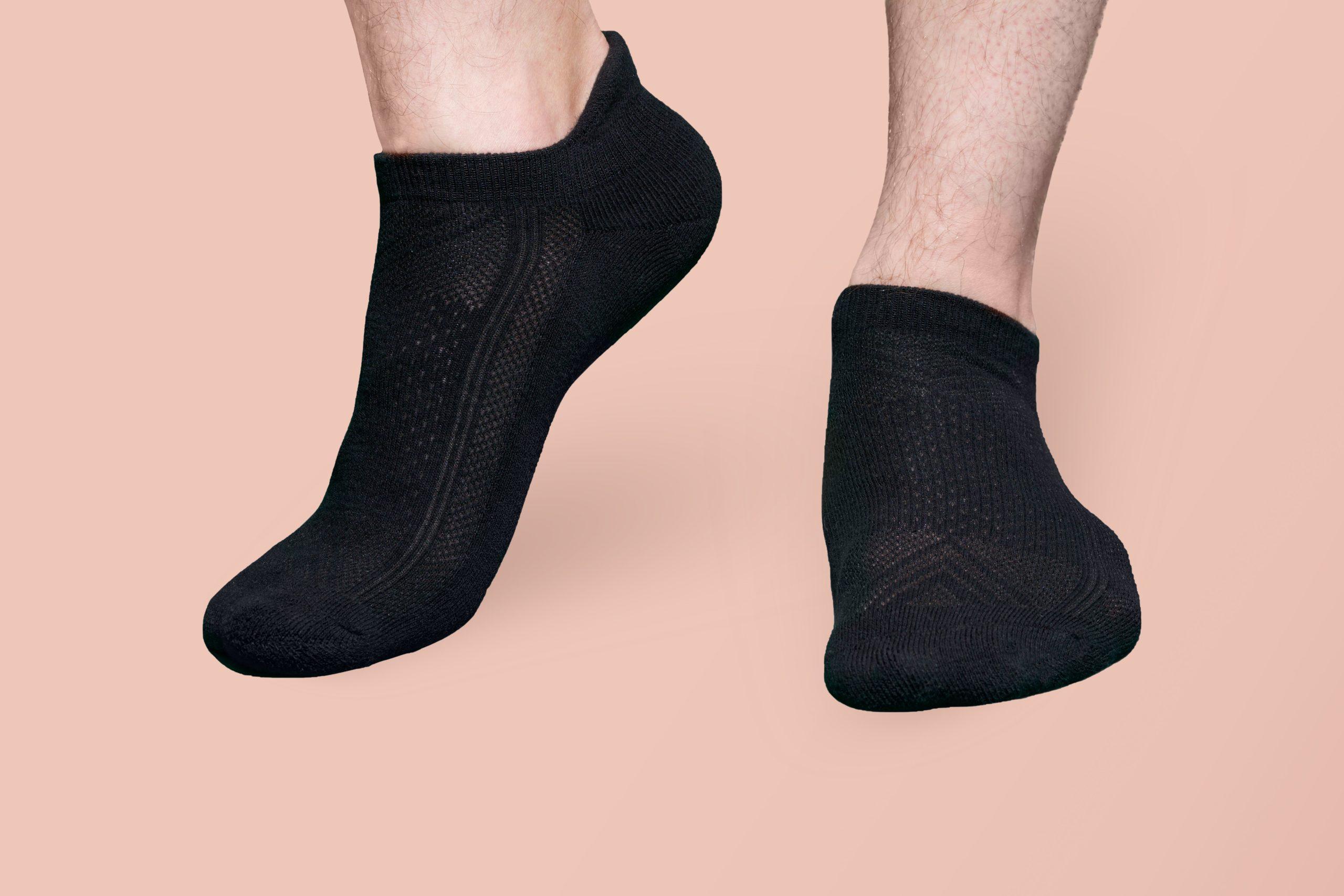 25 Best Sock Brands for Men + Women in 2021