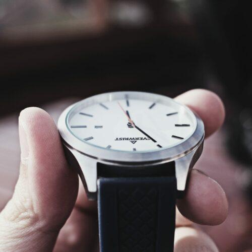 17 Stylish Watch Boxes – Watch Storage 2021