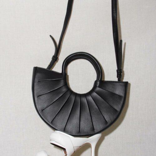 12 Vegan Handbags + Brands for a Sustainable Wardrobe