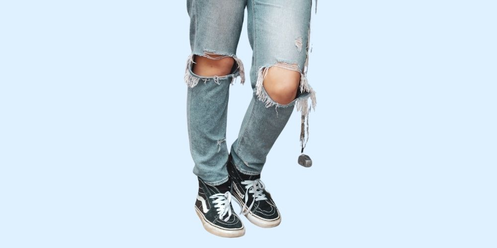 How to Rip Jeans At Home – 7 Easy Steps