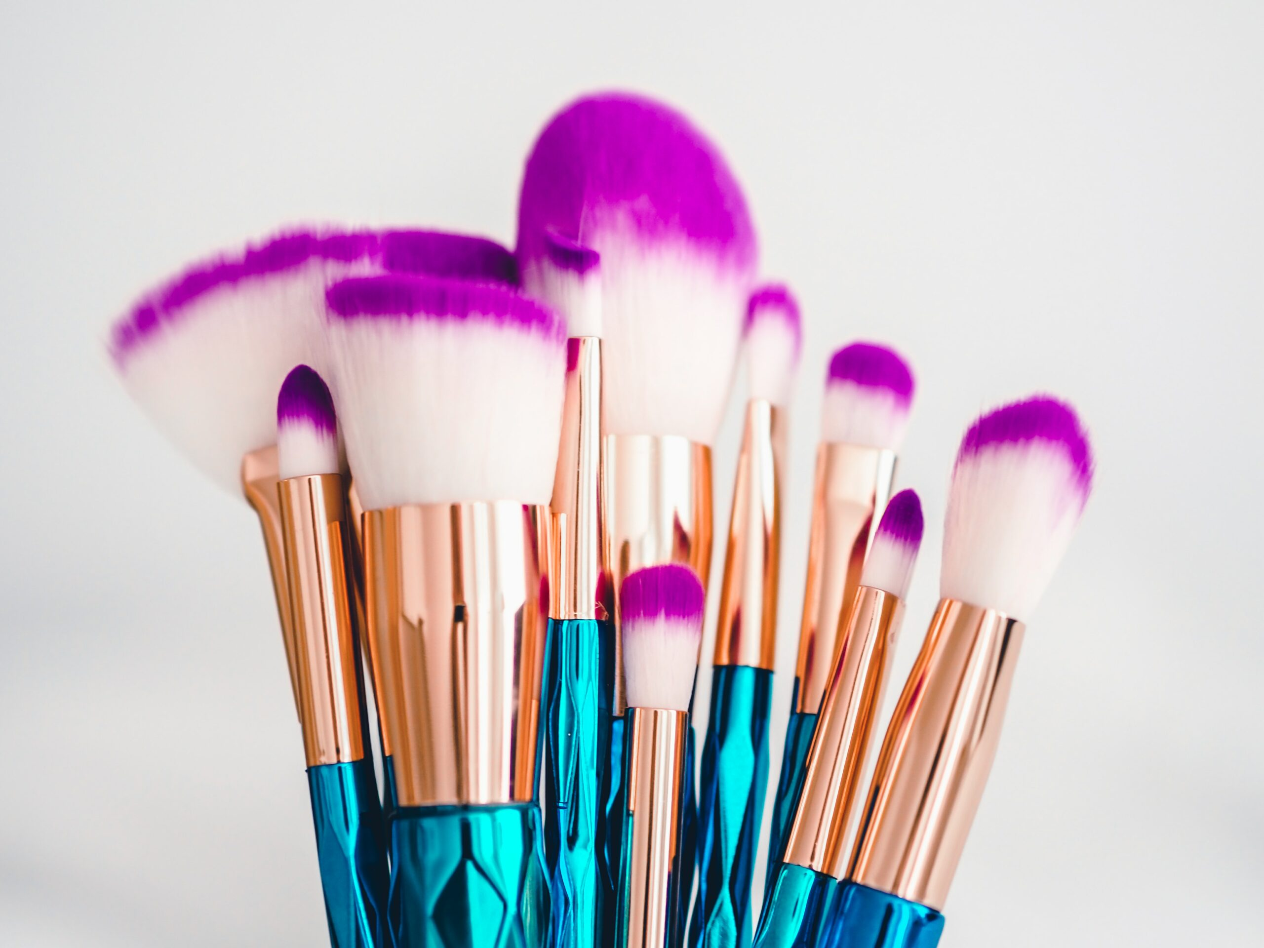 13 Best Makeup Brush Sets for a Flawless Face in 2021