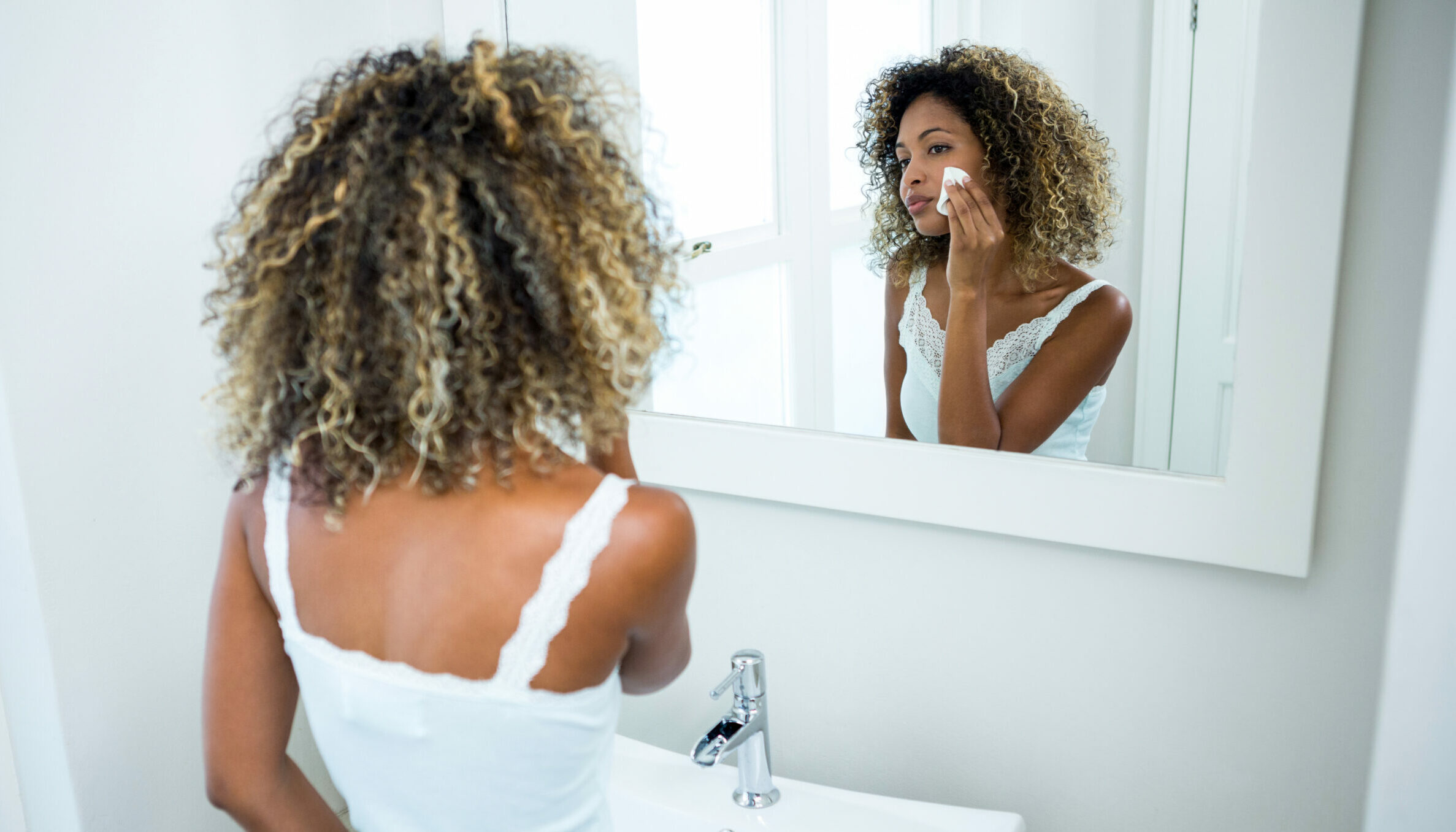 What is the Correct Skincare Routine Order? Our Ultimate Guide