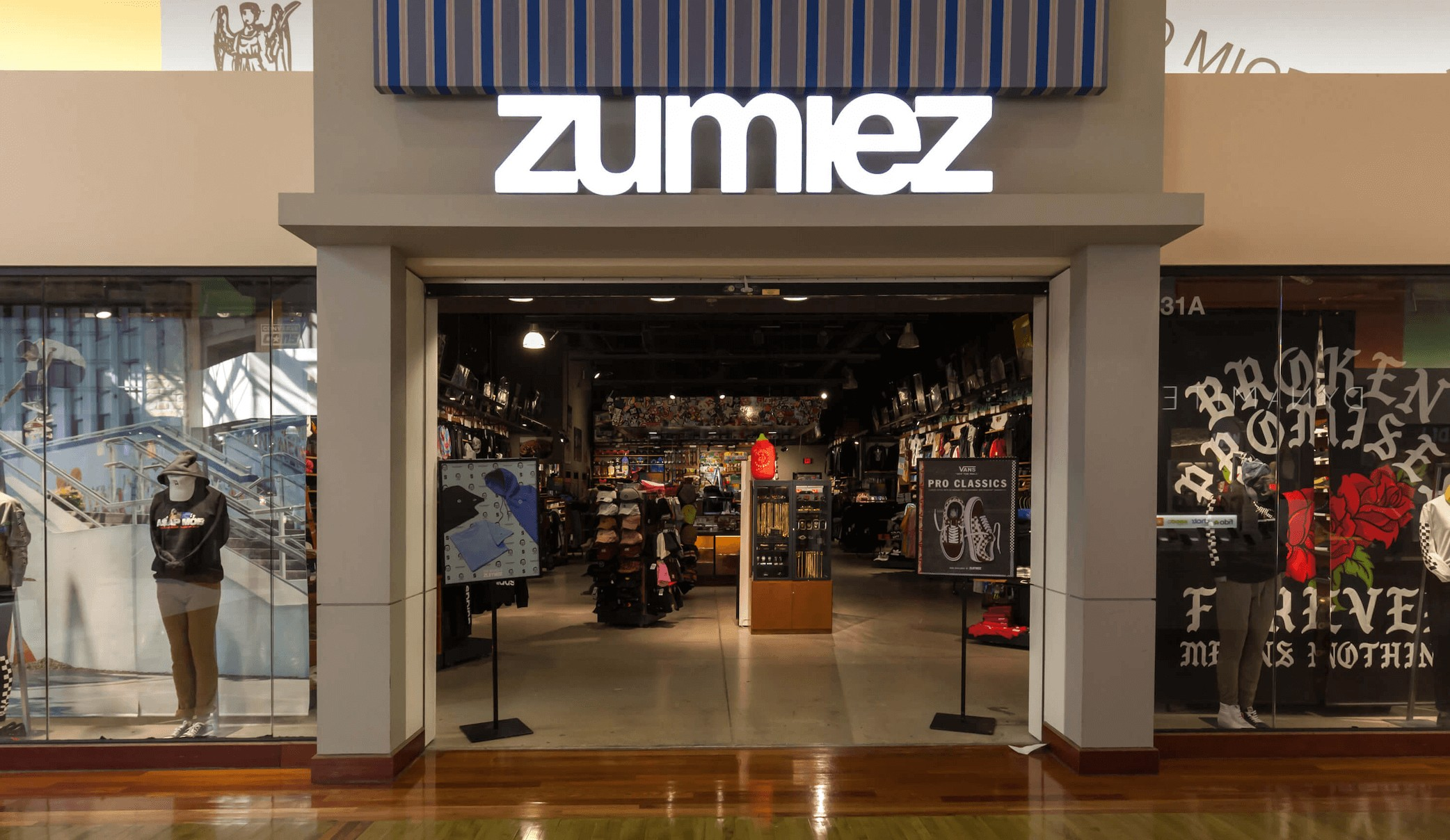 11 Best Stores like Zumiez for Skater Style in 2021
