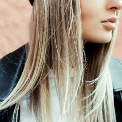 How to Bleach Your Hair At Home (With Minimal Damage)