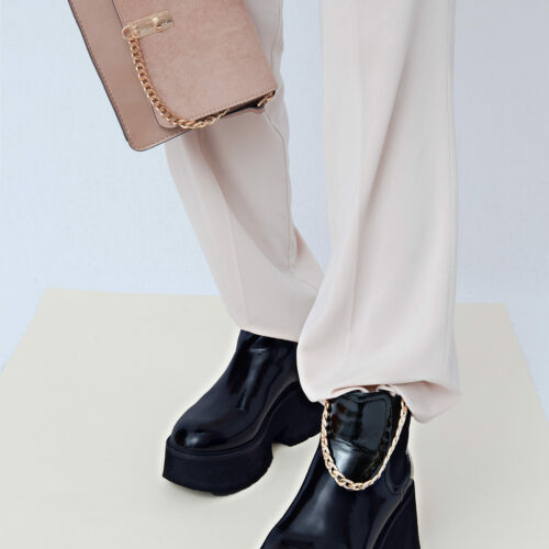 5 Tips & Tricks on How to Wear Platform Shoes