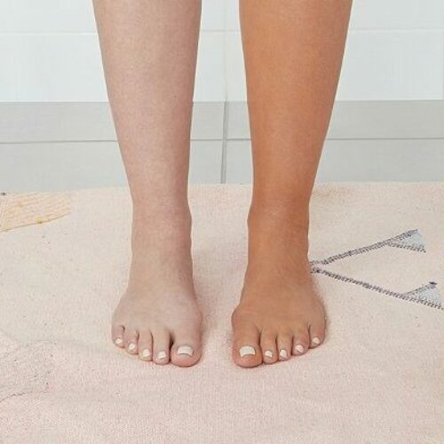 How to Remove Self Tanner: 9 Home Remedies