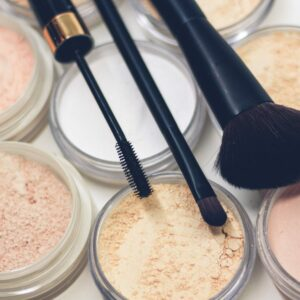 20 Best Natural Makeup Brands For Clean, Healthy Beauty