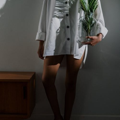 15 Simple Ways to Wear Shirt Dresses (Outfit Ideas)
