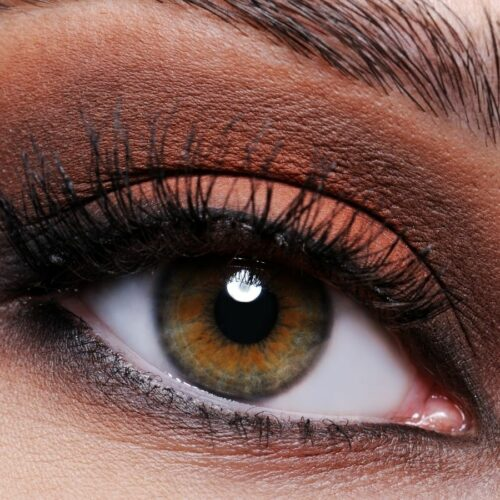 How To Blend Eyeshadow Perfectly, According to a Makeup Artist