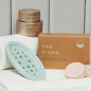 16 Best Zero Waste Shampoos (Top Brands for Plastic-Free Shampoo)