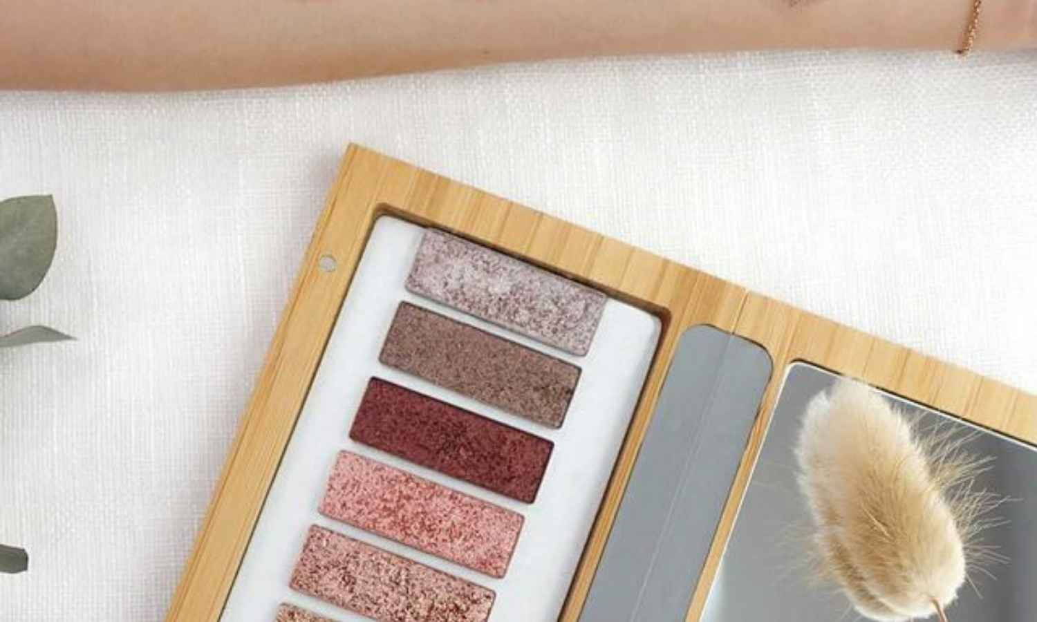 9 Zero Waste Makeup Brands For a Beautifully Clean Look