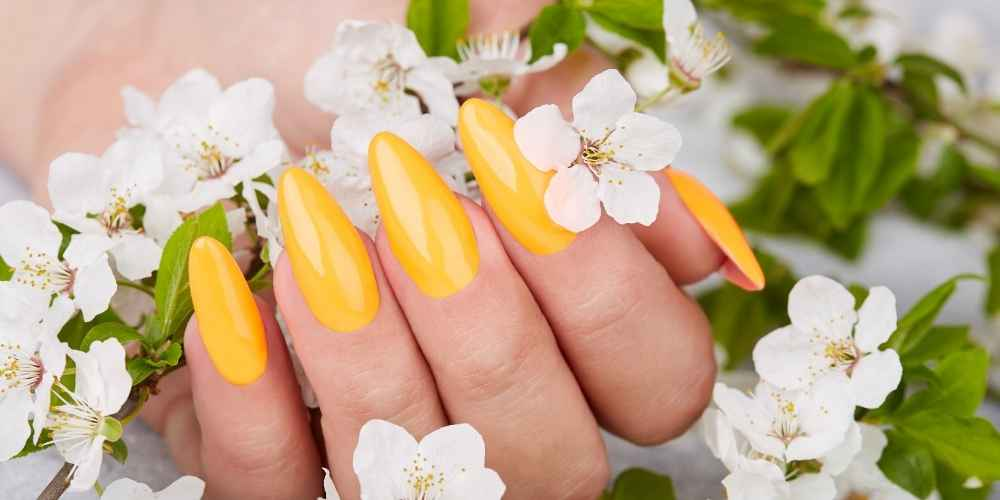 24 Best Summer Nail Colors to Slay Any Summer Day